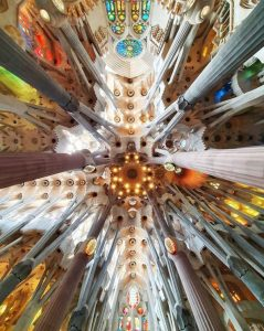 Sagrada Família - Gaudí with Laura Tours Barcelona